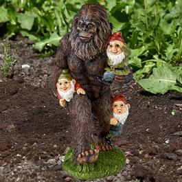 bigfoot statue garden
